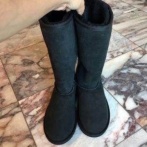 New Ugg Australia Classic Tall Black Boots Size 5